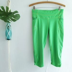 Athleta Neon Green Capri Leggings S